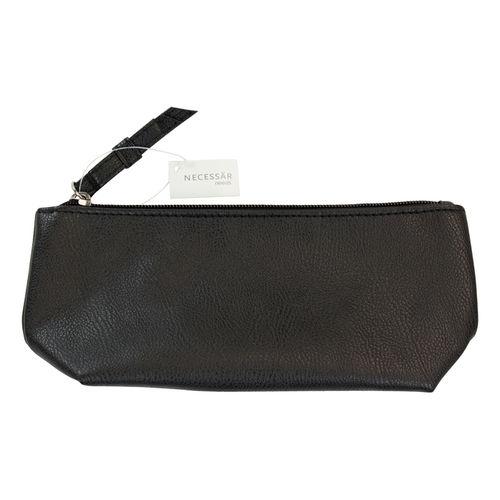 Needs musta meikkilaukku - Yliopiston verkkoapteekki e1574b3da4